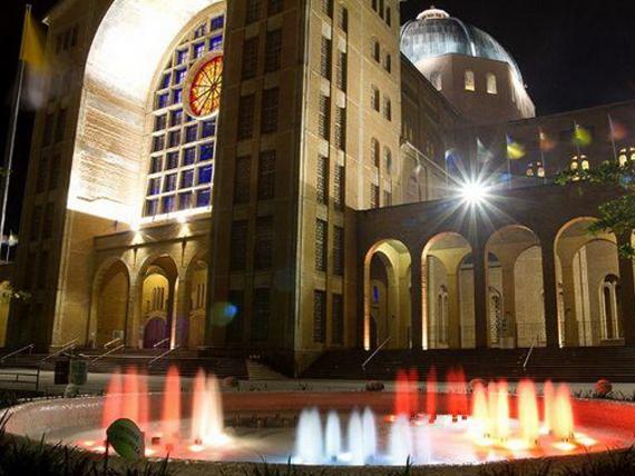 Basilica_Nsa_Sra_Aparecida_06